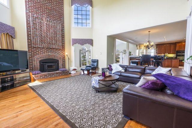 Phòng khách liền với bếp cũng là một trong những mẫu thiết kế nội thất được ưa thích