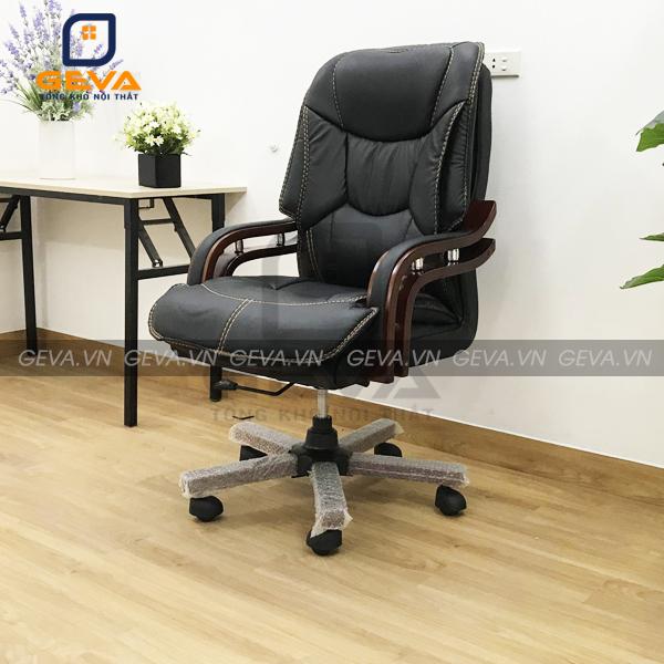 Ghế giám đốc bọc da chân gỗ kết hợp với bàn giám đốc siêu đẹp