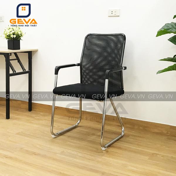 Ghế chân quỳ giá rẻ lưng lưới mặt đệm thường được kết hợp với bàn họp