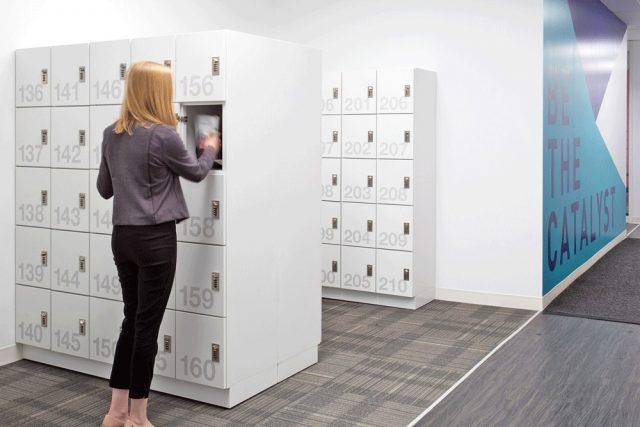 Nên kiểm tra các chi tiết tủ locker kỹ lưỡng để mua được sản phẩm chất lượng