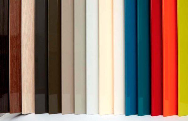 Acrylic là bề mặt phủ bên ngoài lớp gỗ công nghiệp