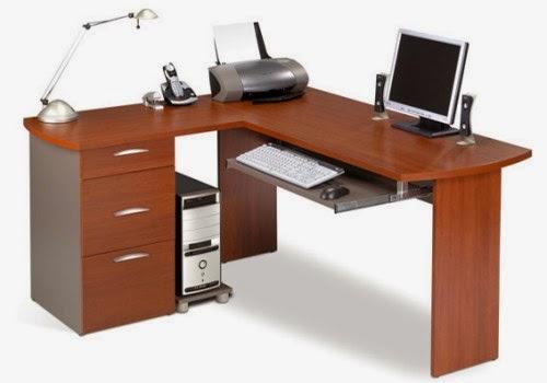 Bàn vi tính vừa có thể bày trí máy tính vừa có thể sử dụng như một bàn làm việc thông thường
